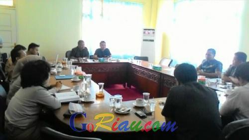 Humas PT SLS Arogan, Ketua Komis I Bubarkan Hearing
