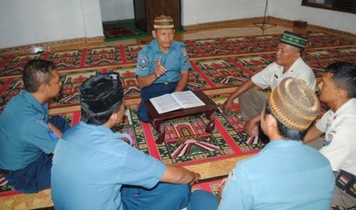Patut Dicontoh... Prajurit TNI Ini Rajin Berdakwah dari Masjid ke Masjid