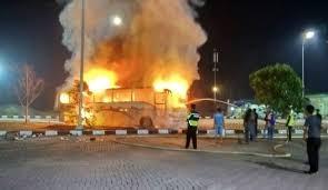 Bus Damri Angkut 26 Pemudik Hangus Terbakar di Tol Cipali