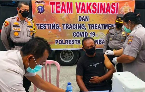 Warga Riau yang Menolak Vaksin tidak akan Dapat Layanan Administrasi, Bahkan Bisa Didenda, Ini Penjelasannya