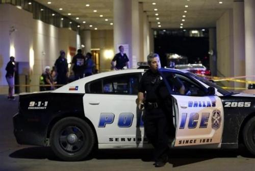 Penembakan Massal Terburuk, Lima Polisi Tewas Ditembak Sniper