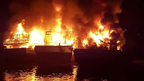 39 Kapal Terbakar di Pelabuhan Benoa Bali Senin Dinihari