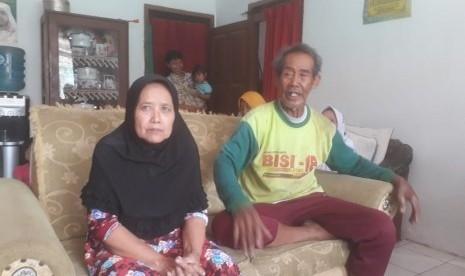 Pasutri Lansia Asal Bandung Barat Berangkat Haji Setelah 57 Tahun Menabung