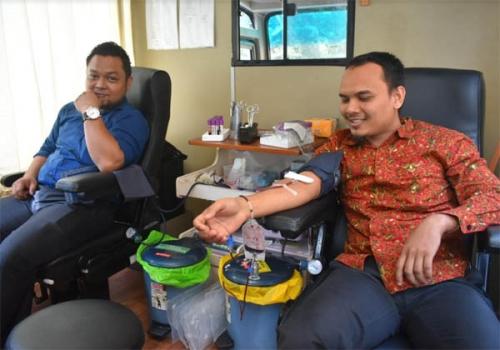 Unilak Bersama PMI Gelar Donor Darah