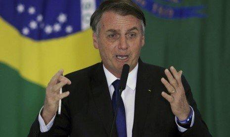 Remehkan Virus Corona, Presiden Brasil Positif Covid-19