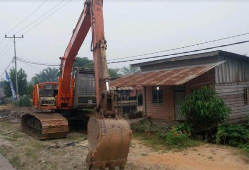 Parit Jalan Annas Maamun Rohil Makan Korban, 2 Orang Meninggal, 4 Diopname karena Tersengat Listrik