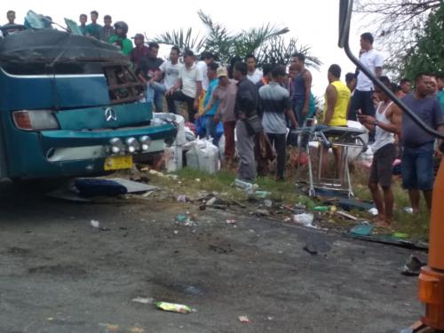 Kecelakaan Maut di Kuansing, Polisi: 6 Penumpang Meninggal, 7 Kritis dan Sisanya Luka Ringan