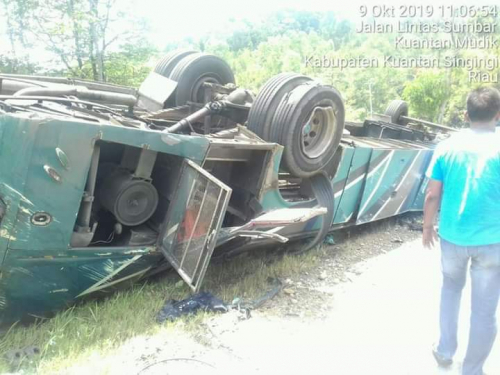 Kecelakan Maut Bus PMTOH, Salah Satu Korban Tewas Warga Sumbar