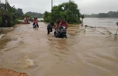 Banjir Makin Meluas di Inhu