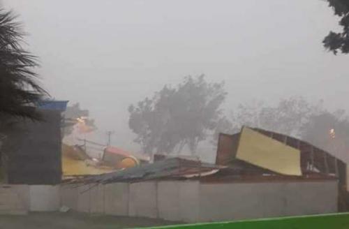 Hujan Lebat Disertai Angin Kencang Landa Bangkinang, Astaka dan Stand MTQ Roboh