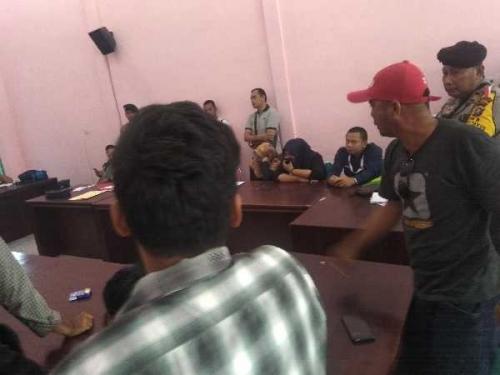 Pekerja Pabrik Gula di Dumai Ini Marah karena Gaji tak Dibayar Saat Istrinya Melahirkan