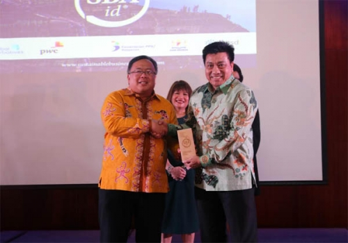 Komit dalam Pembangunan Keberlanjutan, RAPP Raih Indonesia Sustainable Business Awards