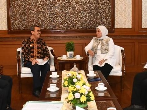 Temui Menakertrans, Gubri Syamsuar Bicara Tentang Pengangguran dan Balai Latihan Kerja di Riau