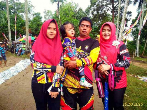 Andi Aheng Cahyadi, Si Tukang Aduk Aspal yang Kini Jadi Wakil Rakyat