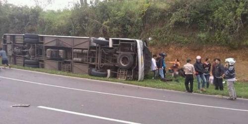 Bus Terguling di Subang, Korban Tewas Jadi 13 Orang