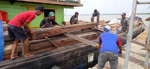 Kapal Bermuatan Kayu Diamankan Polres Kepulauan Meranti, Begini Kronologisnya