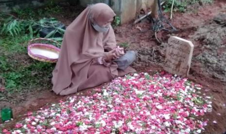 Ini Alasan Yusuf Mansur Makamkan Ustaz Maaher di Sebelah Ali Jaber di Pesantren Daarul Quran