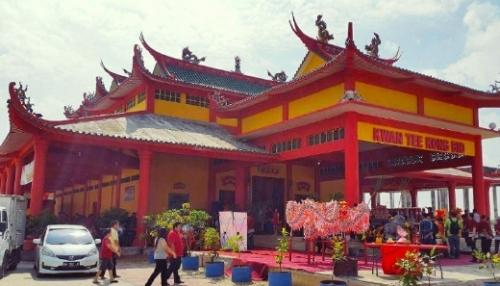 Kwan Tee Kong Bio, Vihara Terbesar di Kota Pekanbaru ini Selalu Dikunjungi Wisatawan Mancanegara