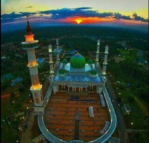 Pada Musim Libur, 10 Ribu Wisatawan Religi Kunjungi Masjid Agung Madani Rokan Hulu