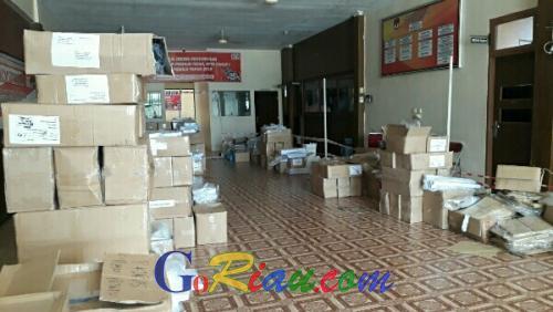 Jumat, KPU Pelalawan Mulai Distribusikan Logistik Pemilu, Diawali Daerah Tersulit