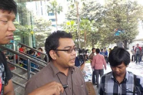 KPK Kuliti Suparman dan Johar Terkait Suap APBD Riau