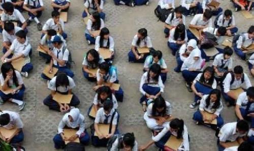 Sekolah Tak Transparan, Amsaryono Mengamuk dan Para Guru Bungkam, Kepsek MTsN Bukit Raya Tak di Tempat