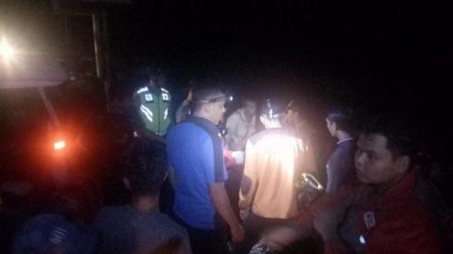 Innova Bermuatan 10 Orang Jatuh ke Jurang di Kabupaten Agam, 1 Tewas dan 2 Penumpang Hilang