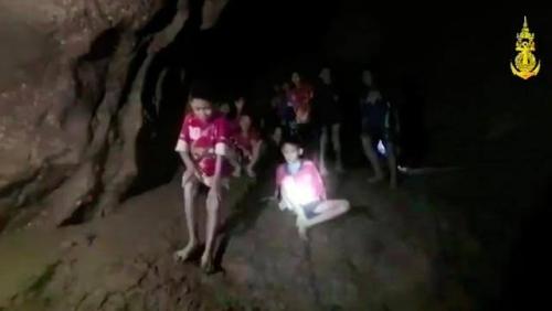 Semua Remaja yang Terjebak dalam Gua di Thailand Berhasil Dievakuasi