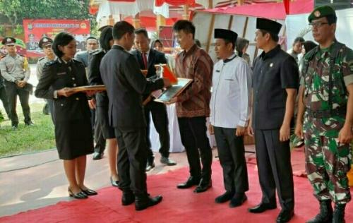 Polres Pelalawan Gelar Upacara dan Syukuran HUT Bhayangkara ke-73, RAPP Terima Piagam Penghargaan
