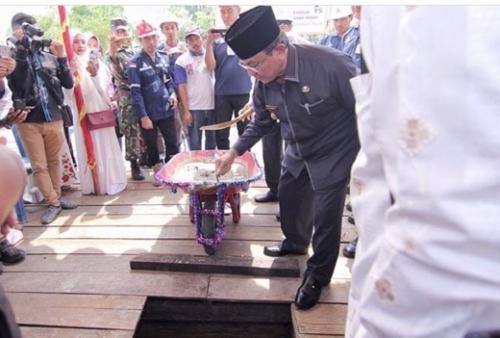 Bupati Inhil Letakkan Batu Pertama, Tanda Dimulainya Pembangunan Rumah Tahfidz Quran
