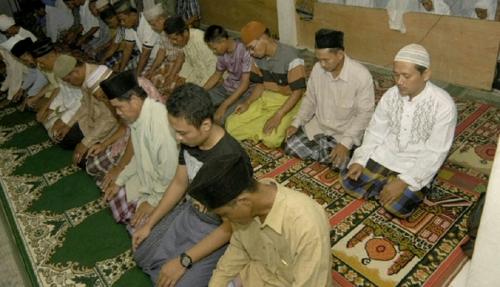 Jamaah Tarekat Naqsabandiyah di Sumbar Salat Idul Adha Hari Ini