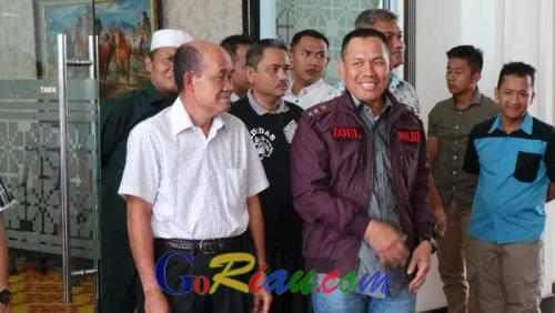 Irjen Zulkarnain Titipkan Kelanjutan Penanganan Kasus 4 Perusahaan ke Kapolda Riau Brigjen Nandang