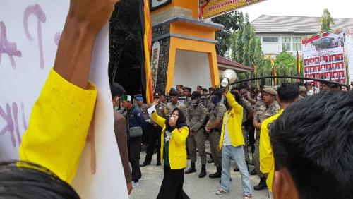 Mahasiswa Sorot Anggaran DPRD Kuansing yang Capai Puluhan Miliar Rupiah