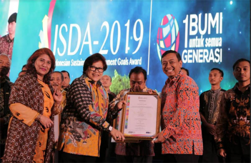 Fokus Terapkan Tujuan Pembangunan Berkelanjutan, PT RAPP Terima Penghargaan