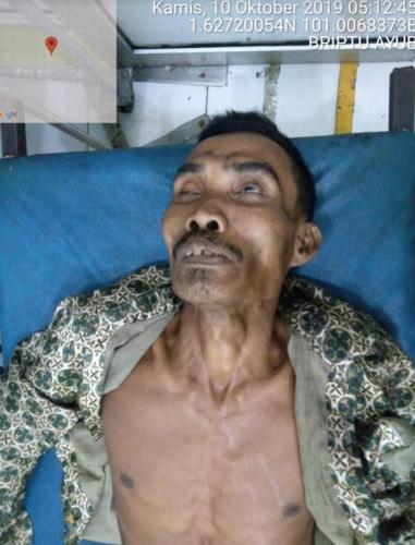 Warga Temukan Mr X Meninggal di Tepi Jalan Lintas Riau - Sumut