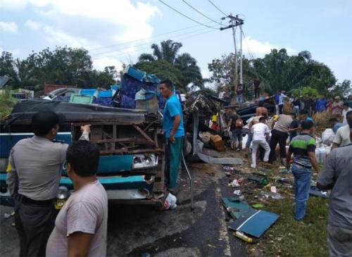 Tewaskan 6 Orang, Polisi Tetapkan Sopir Bus PMTOH Terguling Jadi Tersangka