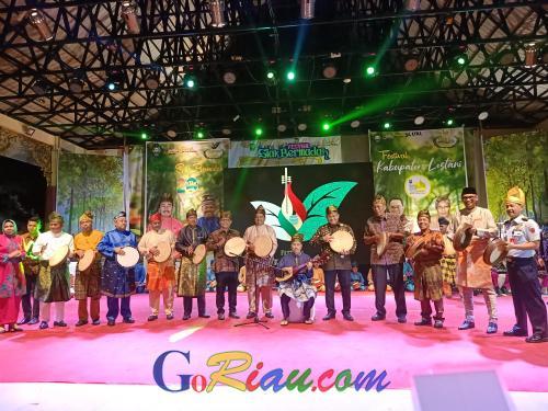 Tim Kesenian dari Provinsi Luar Riau dan Malaysia Ikut Meriahkan Festival Siak Bermadah