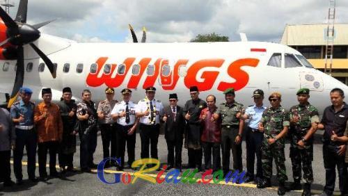 Di Hari Pahlawan, Wings Air Mendarat di Bandara Pinang Kampai Dumai dari Batam