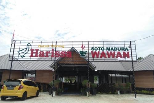 Rumah Makan Bebek Goreng Harissa dan Soto Madura Wawan, Khas Surabaya di Jantung Kota Pekanbaru