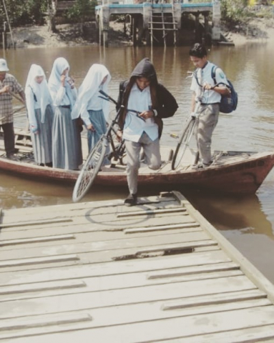 Warga Tanah Kuning Desa Bokor Dambakan Jembatan Penyeberangan