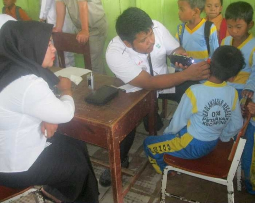 Asian Agri Fasilitasi Pemeriksaan Kesehatan Gratis bagi Warga Desa Petapahan