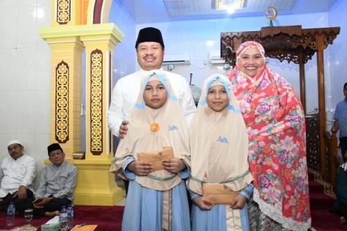 Tampil di Hafiz Indonesia 2019, Bupati Amril Ajak Masyarakat Bengkalis Dukung Annisa dan Humaira