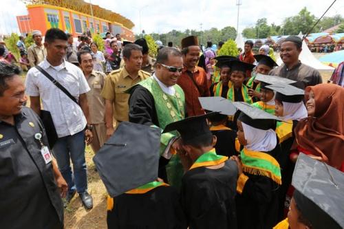 Wisuda MDTA Terbesar di Provinsi Riau Diikuti 5.136 Siswa MDTA se-Inhu