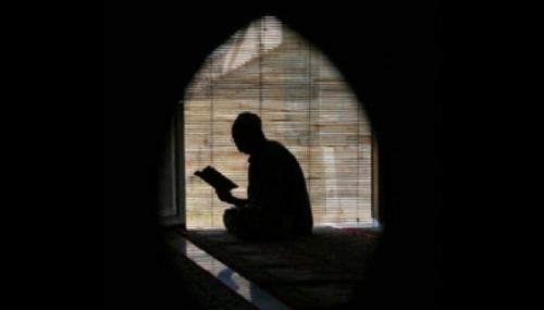 Subhanallah, TNI Penjaga Perbatasan Ajarkan Anak-anak Mengaji