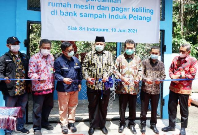 Jelang Alih Kelola, CPI Salurkan Bantuan untuk Lingkungan dan Pemberdayaan Ekonomi Masyarakat di Siak