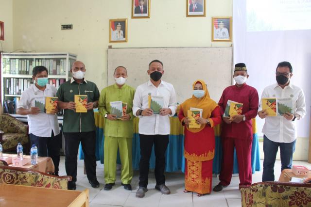 Gapki Riau Edukasi Sawit Baik ke Tenaga Pendidik