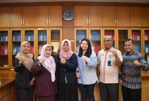Dua Mahasiswi Unilak Ikuti Kompetisi NUDC di Surabaya
