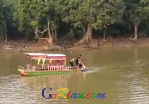 Remaja Tewas Tenggelam Saat Coba Menolong Temannya di Tanjung Putus Pelalawan