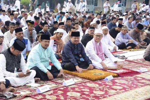 Bupati Bengkalis: Idul Adha Ajang Menghargai, Menghormati dan Saling Tolong Menolong