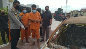 Empat Rampok yang Tembak, Buang, Lalu Bakar Mobil Korbannya Ditangkap Polda Riau